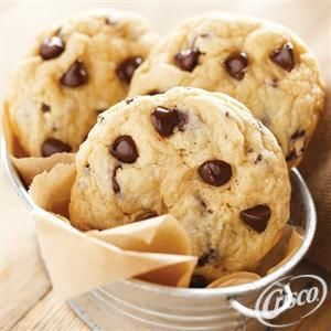 Easy Chocolate Chip Cookies from Crisco® Try this 5-star dessert ...