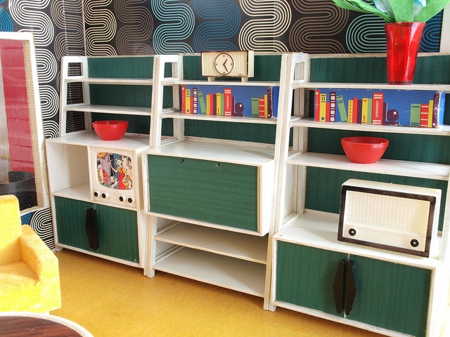 wohnzimmermöbel vintage:1960er Modella Wohnzimmermöbel by diepuppenstubensammlerin, via