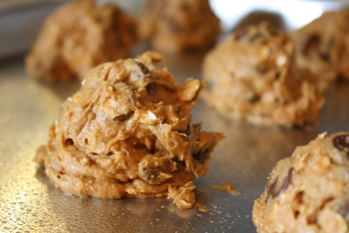 Healthy Pumpkin Cookies - super easy! | food | Pinterest
