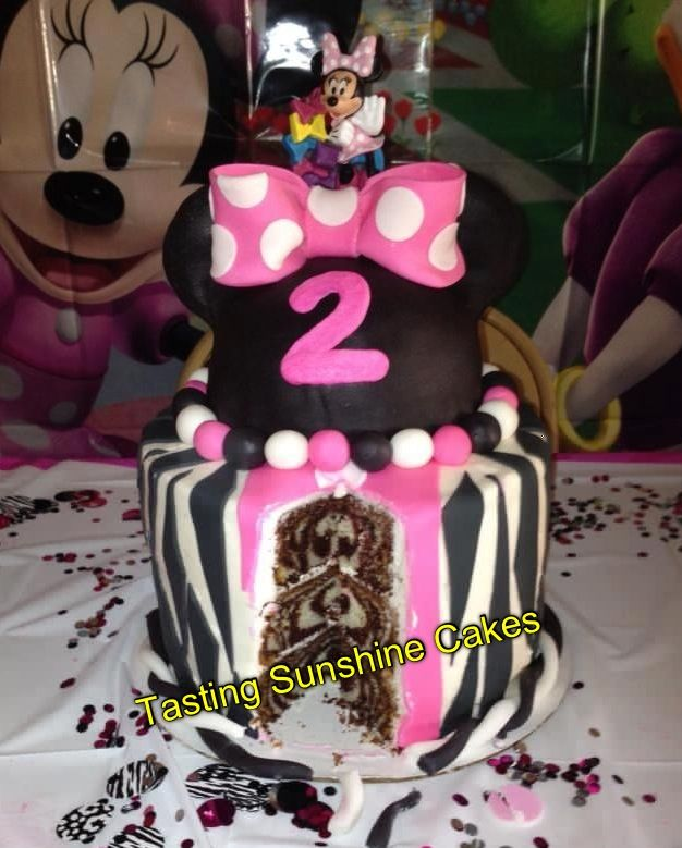 Minnie Mouse zebra print cake  Cakes Ive Made!  Pinterest
