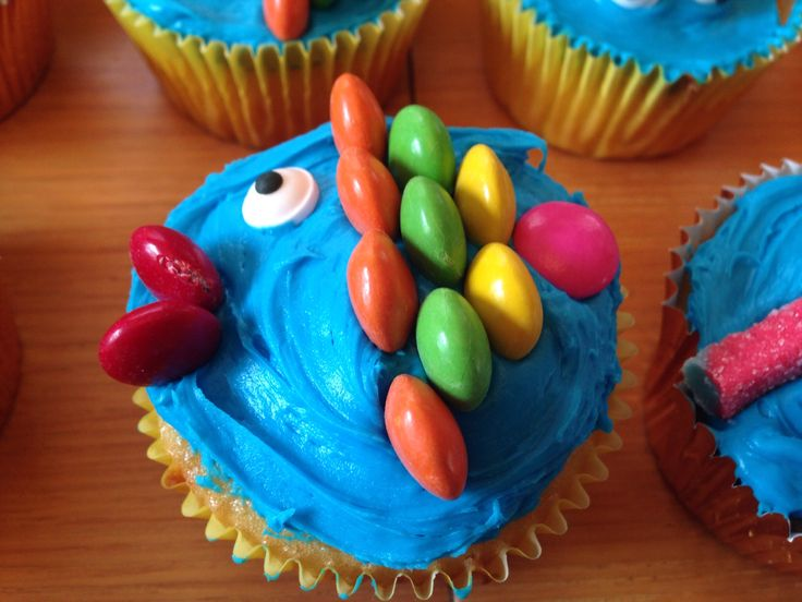 Cupcake Decorating Ideas Under The Sea : Under the Sea cupcakes kids party planning Pinterest