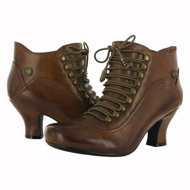 Model Hush Puppies Boots