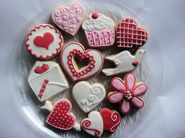 valentine's day cookie arrangements