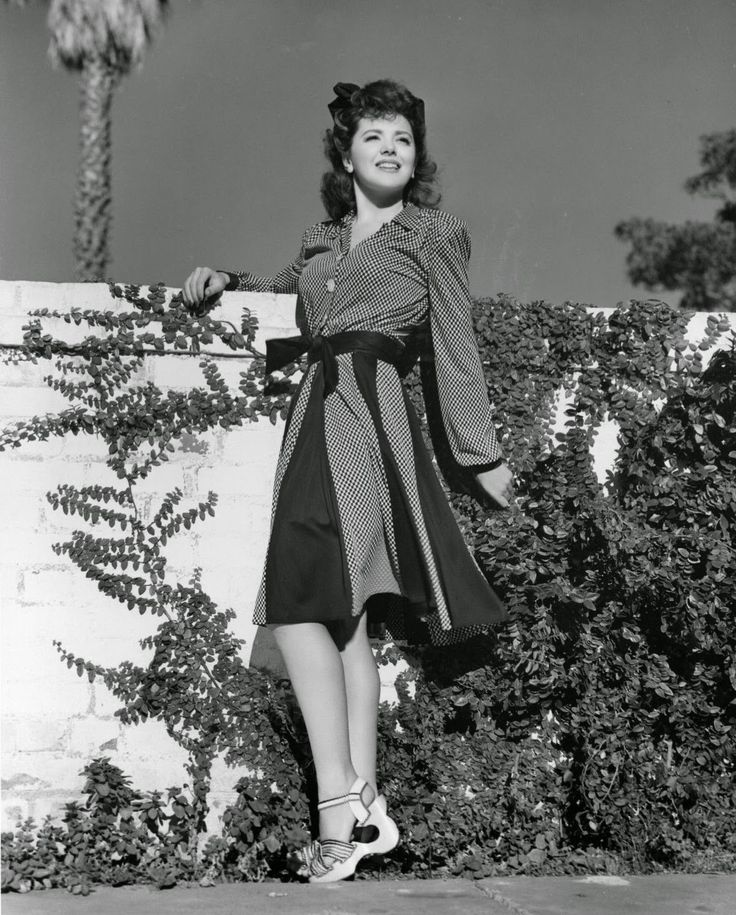 Ann Rutherford Classic Hollywood Style In B W 7 Pinterest
