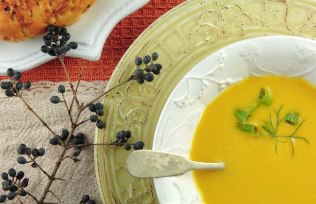 Butternut Squash & Apple Soup | The healthy foodie | Pinterest