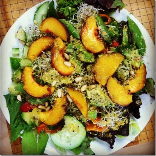 avocado peach salad | recipes | Pinterest