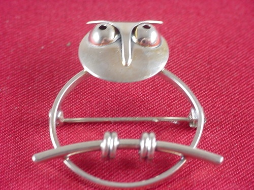 Vintage Beau Sterling Silver Owl Brooch Pin- this reminds me of you, @Megan Holden !