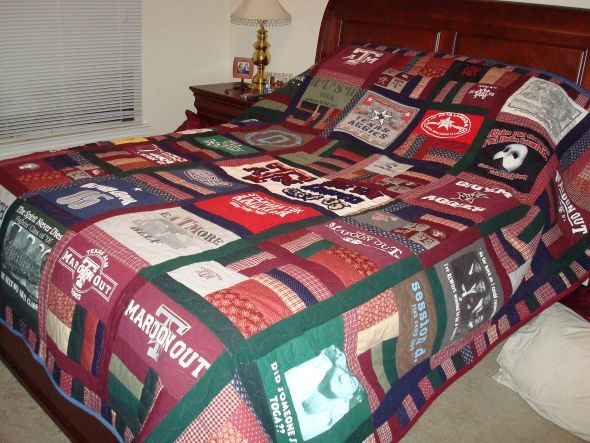 turn your old t shirts into a quilt creativeness pinterest