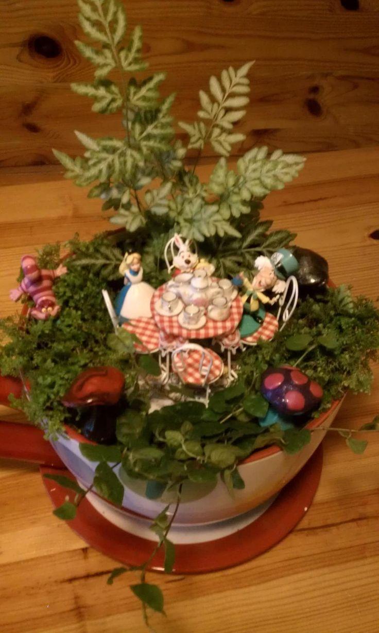 Alice In Wonderland Garden Alice In Wonderland Decor Ideas Pinter