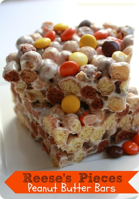 love peanut butter! ~ Rice Krispie treats but with Reese's Pieces