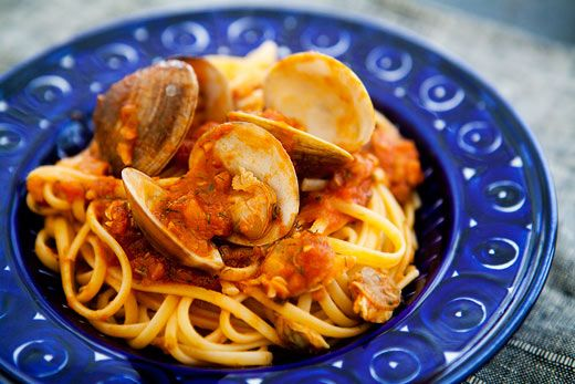 Italian-American linguini with clam sauce with fresh and canned clams ...