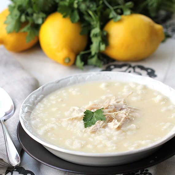 Greek Lemon Chicken Soup / love soup in the winter and this one is ...