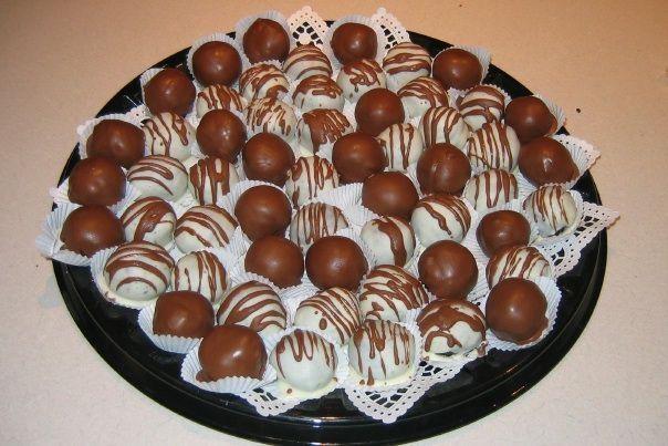 ... Cookies-n-Cream Truffles - Chocolate fudge cake and Oreo cookie crumbs