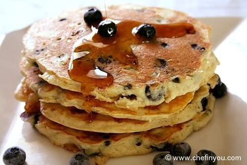 blueberry cottage cheese pancakes | We Live Healthy | Pinterest