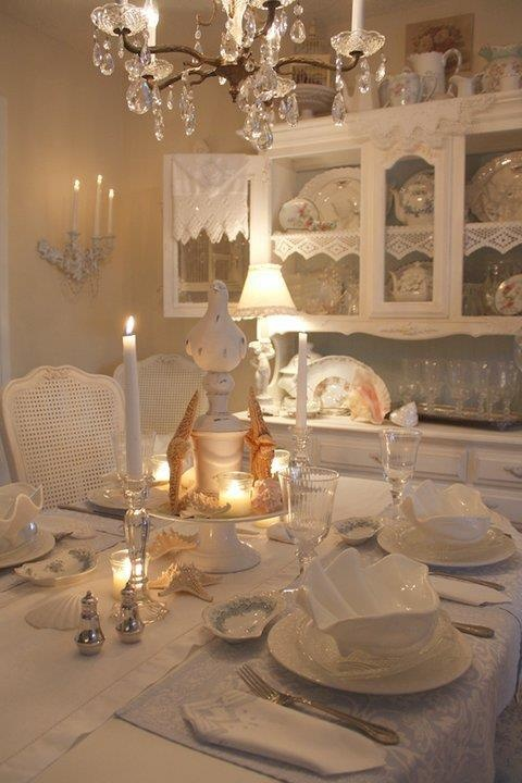 White dining room shabby chic and beautiful pinterest for Beautiful white dining rooms