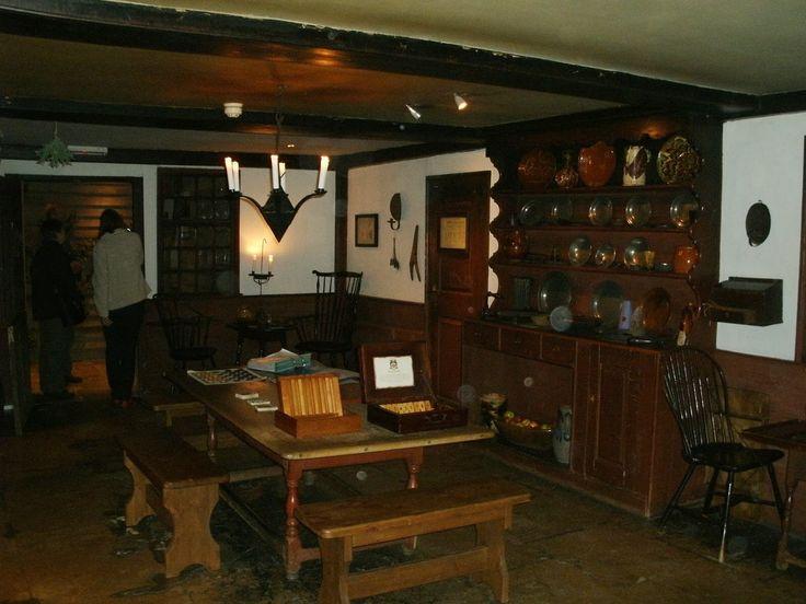 colonial village apartments jefferson davis hwy