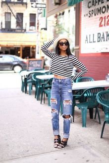 Ripped denim jeans - Streetstyle - Fashion - Summer - Trends 2014 - Trending - Mom jeans - Blogger - Blogging