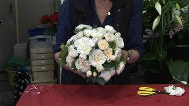 How To Arrange A Wedding Bouquet Wedding Ideas Pinterest