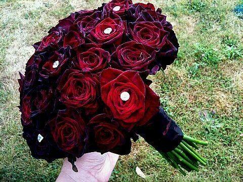 black baccara rose bouquet horrific finds pinterest. Black Bedroom Furniture Sets. Home Design Ideas