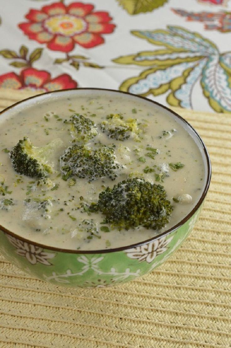 Creamy Vegan Broccoli Soup | Food - Soups, Stews and Sandwiches | Pin ...