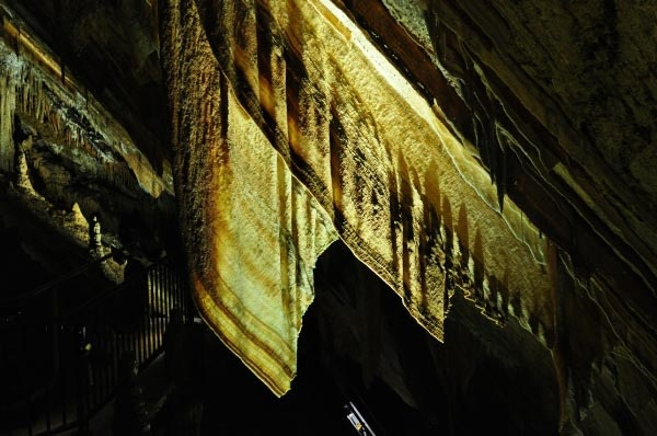 Gunns Plains Australia  city photos : Gunns Plains Caves: Discover the Magic by Michelle Kneipp Pegler