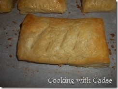 Nutella-Mallow Pillow Pocket | Cooking with Cadee | Pinterest