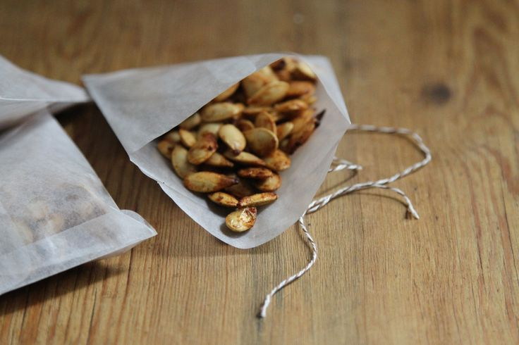 Sweet and Spicy Roasted Pumpkin Seeds: Gardenista