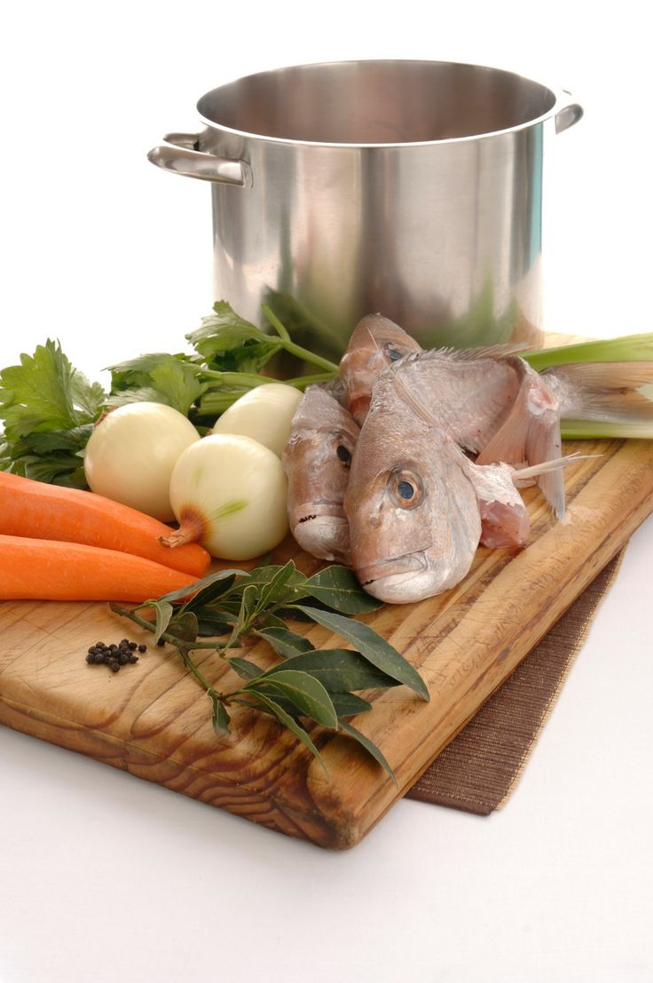 Fish Stock - Chef's Pencil.....make a white stock from fish ...