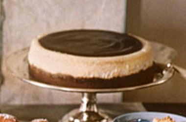 Vanilla Cheesecake with Chocolate Glaze | cakes and pastry | Pinterest