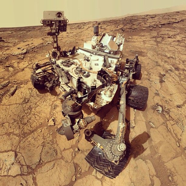 NASA's Curiosity Rover Snaps Cool Selfie | Science&Stars ...