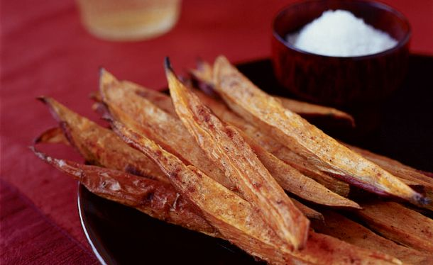 Baked Sweet Potato Sticks - I think I am going to try these this year ...