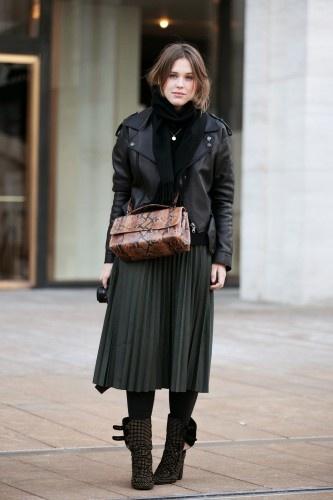 Sabrina Meijer in a pretty, pleated skirt.