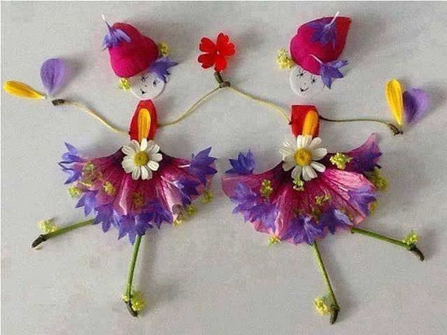 Bonecas com flores