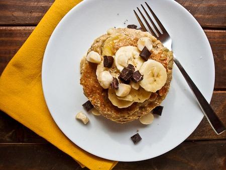 Banana Macadamia Nut Pancakes | Clean Eating | Pinterest