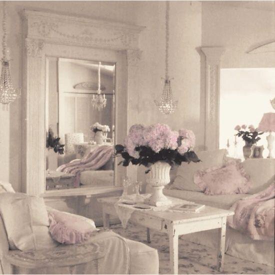 Romantic living room definately shabby chic pinterest - Romantic living room ideas for feminine young ladies casa ...