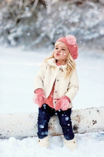 Winter Photo Session Idea / Child Photography / Snow / Fashion / Cutest Baby Girl ♡