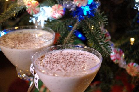 Eggnog Martini & lights | | dessert | Pinterest