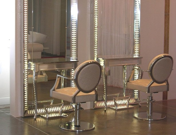 Maletti salon furniture for the salon pinterest for Beautician furniture