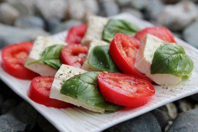 Vegan Caprese Summer Salad