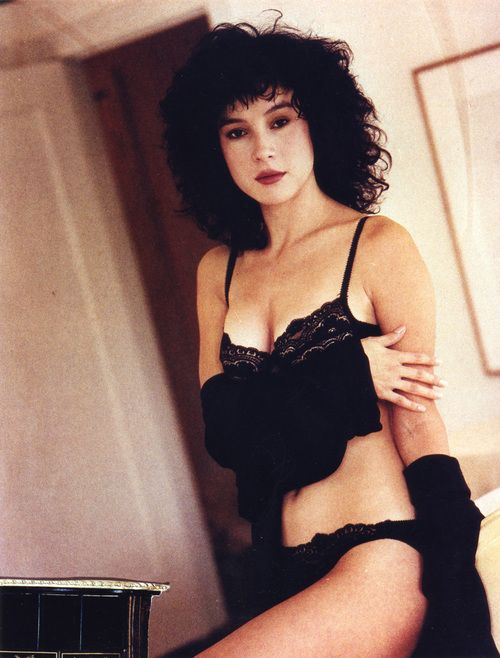 1980s actress in lingerie