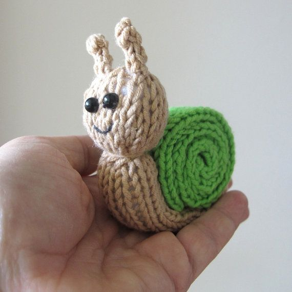 Knitting Pattern For Toy Snail : Quick Little Snail - INSTANT DOWNLOAD PDF Knitting Pattern
