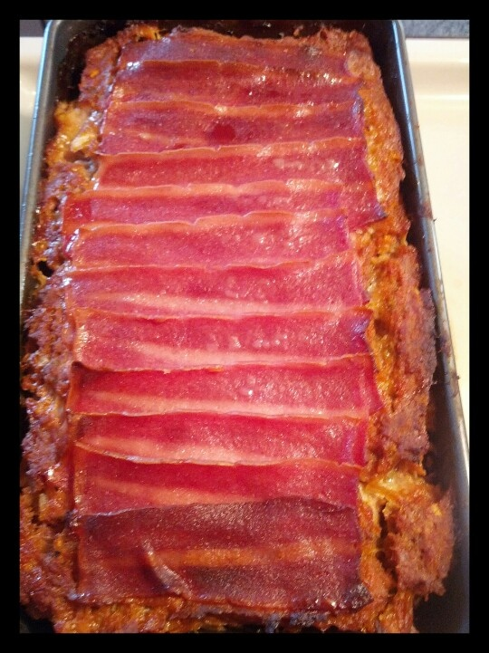 Turkey meatloaf made with BBQ sauce topped with turkey bacon! Yum-O