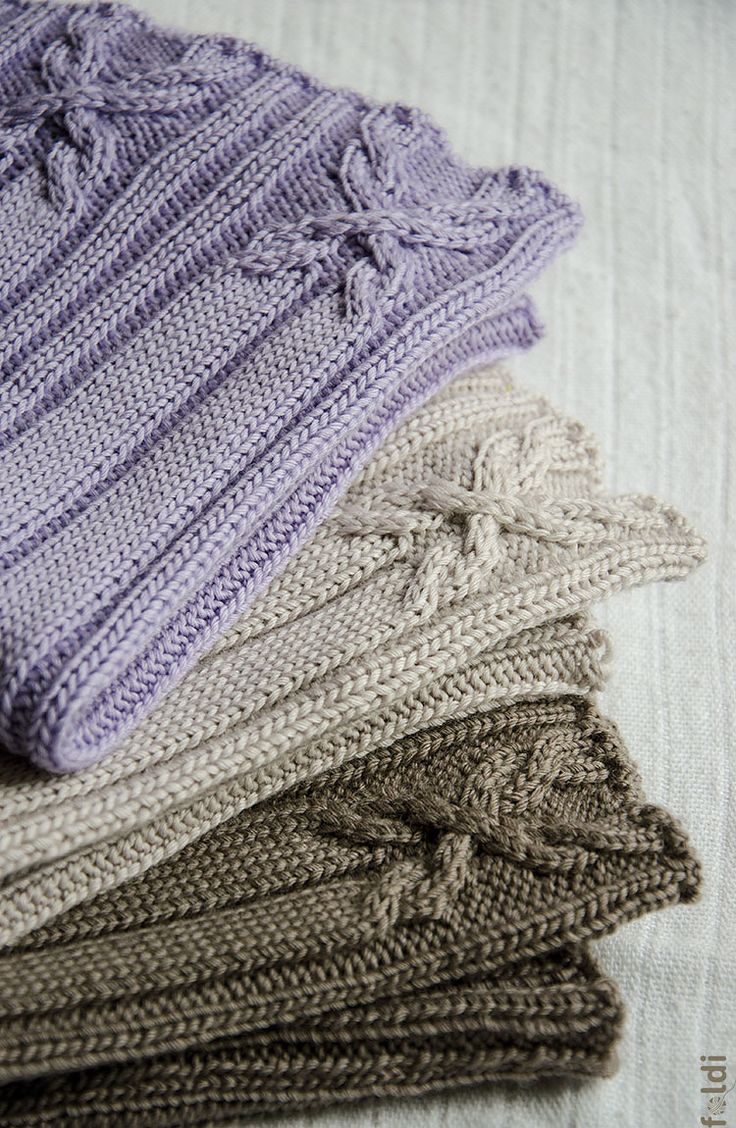 Free Knitted Cowl Patterns Cables : Cable Cowl and Hat pattern by Foldi knit