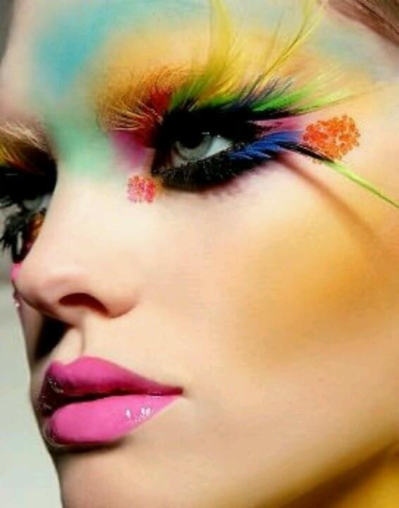 GORGEOUS  bright makeup art!!!! <3