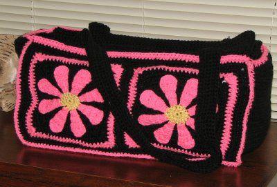 Crochet Duffle Bag : Crochet Daisy Duffel free pattern.