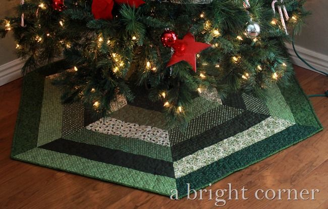 Quilted Christmas Tree Skirt Pinterest : Quilted Christmas Tree Skirts