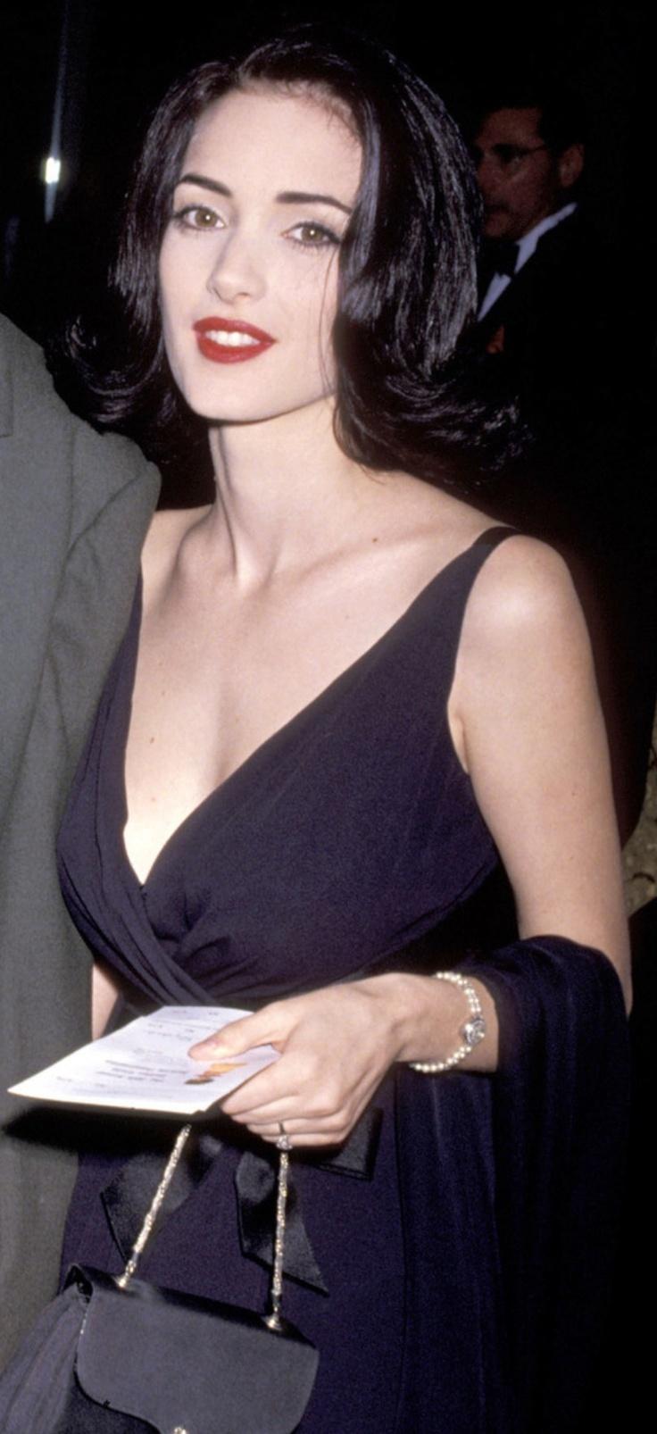 Winona Ryder 90s | Bea...
