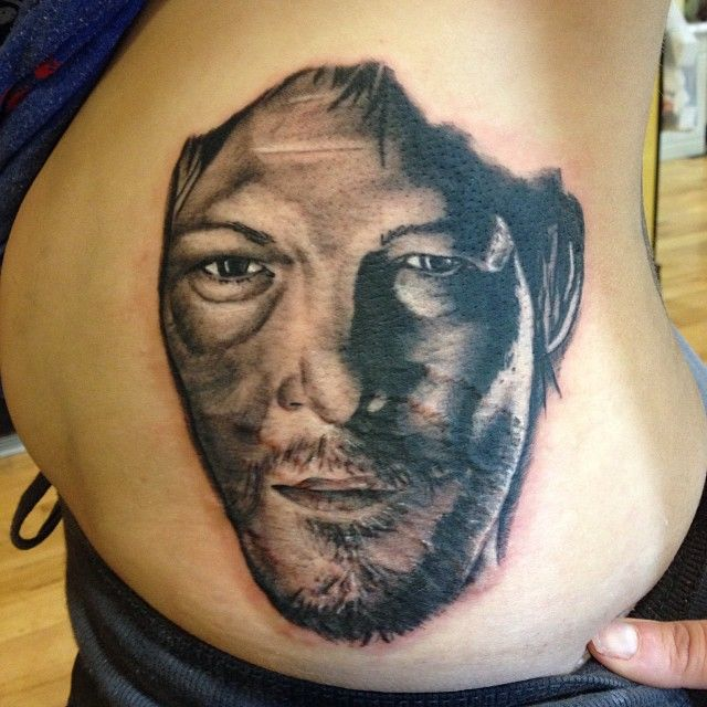 Pin dixon walking dead tattoo norman reedus shop in south for Tattoo shops in norman