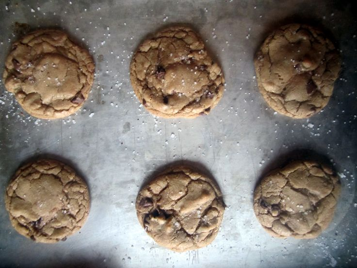 brown butter and sea salt cookies - to make when I have to bring the ...