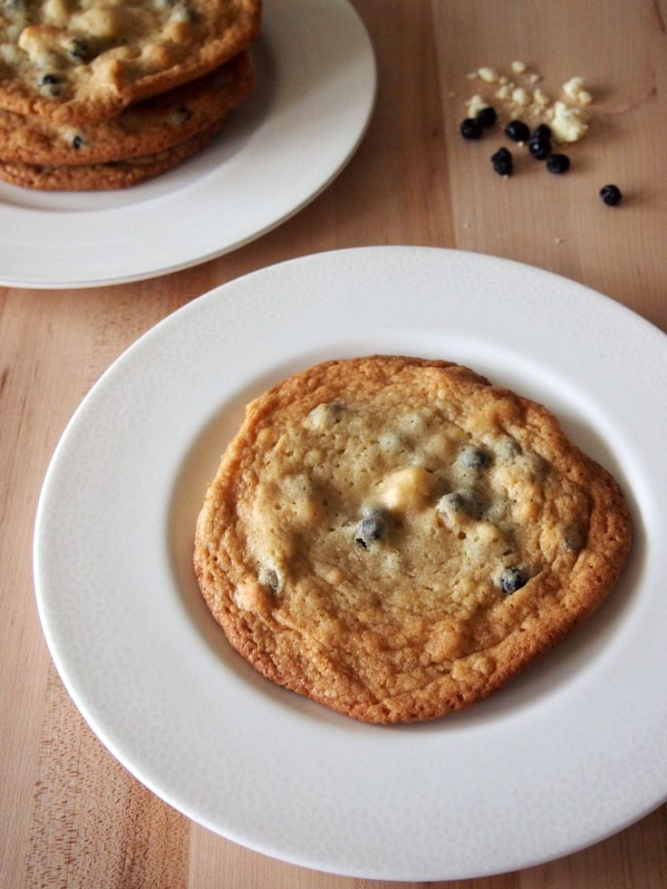 Momofuku Milk Bar's Blueberry And Cream Cookies Recipe — Dishmaps